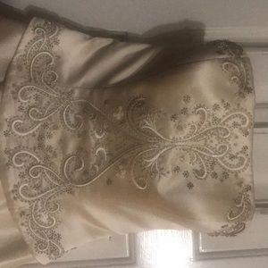Oleg Cassini K2000 Rum Wedding Dress